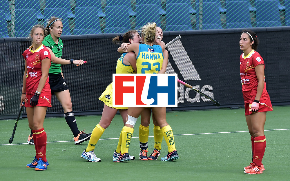 BRUSSELS, BELGIUM - JUNE 25: Emily Smith (R) of Australia is hugged by team mates after scoring during the FINTRO Women's Hockey World League Semi-Final Pool B game between Australia and Spain on June 25, 2017 in Brussels, Belgium. (Photo by Charles McQuillan/Getty Images for FIH)