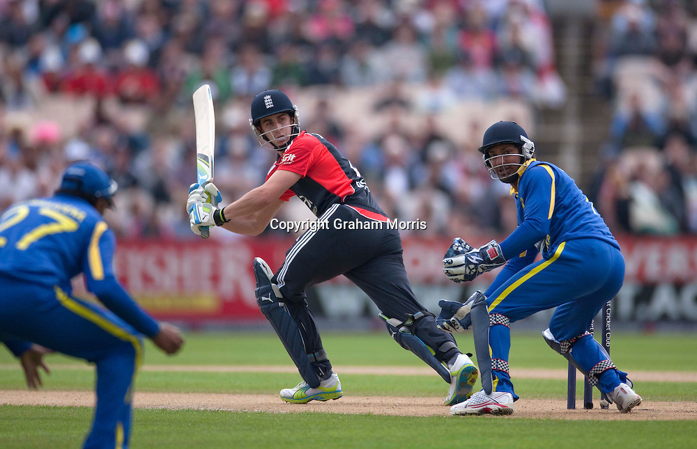 Craig Kieswetter bats during the fifth and final one day international between England and Sri Lanka at Old Trafford, Manchester. Photo: Graham Morris (Tel: +44(0)20 8969 4192 Email: sales@cricketpix.com) 06/07/11