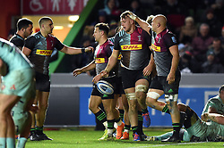 Alex Dombrandt of Harlequins celebrates his second half try with team-mates - Mandatory byline: Patrick Khachfe/JMP - 07966 386802 - 01/12/2019 - RUGBY UNION - The Twickenham Stoop - London, England - Harlequins v Gloucester Rugby - Gallagher Premiership
