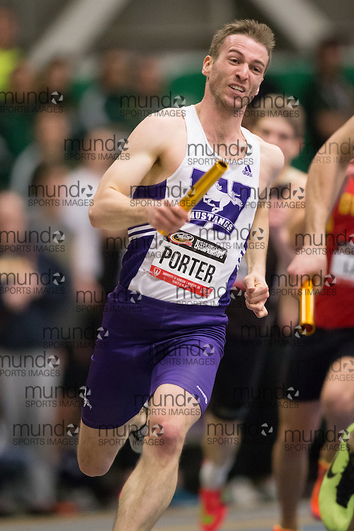 Windsor, Ontario ---2015-03-14--- Evan Porter of Western University  competes in the 4x400m relay at the 2015 CIS Track and Field Championships in Windsor, Ontario, March 14, 2015.<br /> GEOFF ROBINS/ Mundo Sport Images