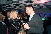 PENNY, VISCOUNTESS COBHAM;; JEREMY HUNT, LA Philharmonic reception, Fountain room, Barbican. 27 January 2011 -DO NOT ARCHIVE-© Copyright Photograph by Dafydd Jones. 248 Clapham Rd. London SW9 0PZ. Tel 0207 820 0771. www.dafjones.com.