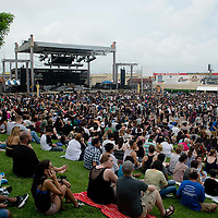 Weezer Crowd Shots