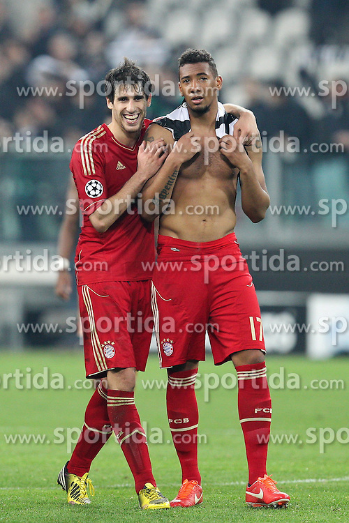 10.04.2013, Juventus Stadium, Turin, ITA, UEFA Champions League, Juventus Turin vs FC Bayern Muenchen, Viertelfinale, Rueckspiel, im Bild Freuen sich ueber den Sieg von links Javi MARTINEZ #8 (FC Bayern Muenchen) und Jerome BOATENG #17 (FC Bayern Muenchen) // during the UEFA Champions League best of eight 2nd leg match between Juventus FC and FC Bayern Munich at the Juventus Stadium, Torino, Italy on 2013/04/10. EXPA Pictures © 2013, PhotoCredit: EXPA/ Eibner/ Kolbert..***** ATTENTION - OUT OF GER *****