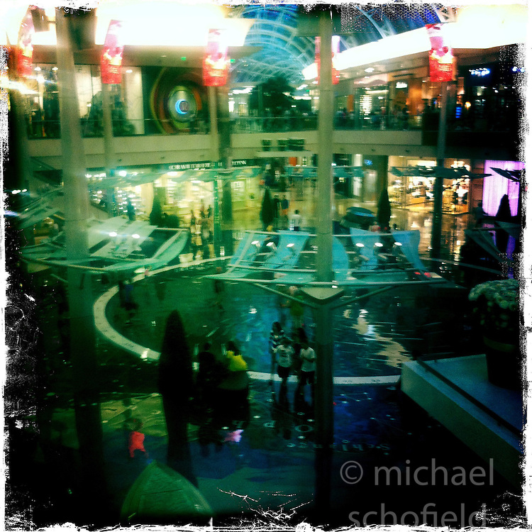The Mall at Millenia, Orlando holiday 2012. Photo taken with the Hipstamatic photo application on Apple iPhone 4.