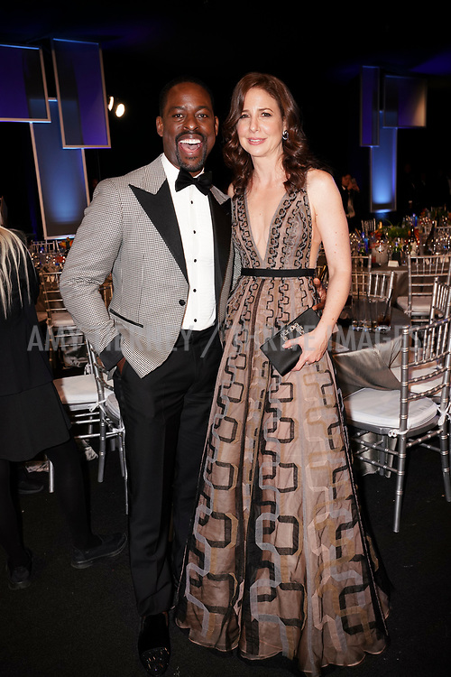 Sterling K. Brown, Robin Weigert