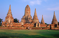 Thailande - <br /> Phra Nakhon Si Ayutthaya Province - Ayutthaya - Wat Chai Wattanaram