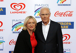 12.04.2019, Europa Park, Rust, GER, Radio Regenbogen Award 2019, im Bild Fußballspieler Franz Beckenbauer mit Ehefrau Heidi // during the Radio Rainbow Award at the Europa Park in Rust, Germany on 2019/04/12. EXPA Pictures © 2019, PhotoCredit: EXPA/ Eibner-Pressefoto/ Joachim Hahne<br /> <br /> *****ATTENTION - OUT of GER*****