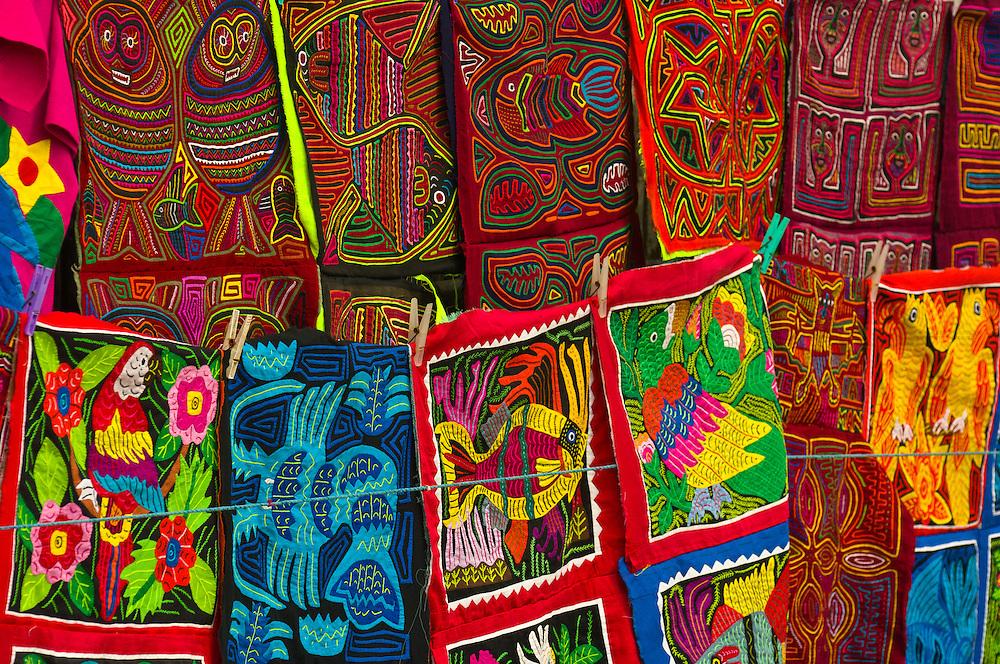 Kuna Indian Mola embrodery handicrafts, Wichub Wala Island, San Blas Islands (Kuna Yala), Caribbean Sea, Panama