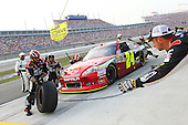 Motorsports - NASCAR Quaker State 400 - Sparta, KY