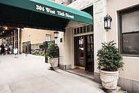 Entrance at 304 West 75th Street