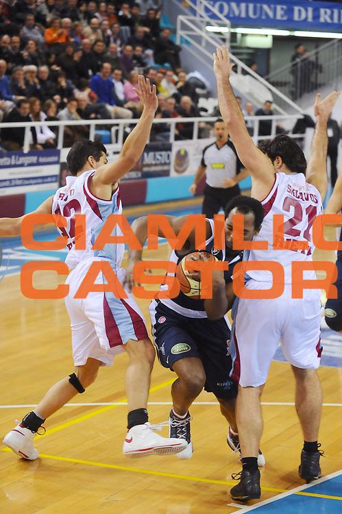 DESCRIZIONE : Rieti Lega A1 2008-09 Solsonica Rieti Gmac Fortitudo Bologna<br /> GIOCATORE : Jamont Gordon<br /> SQUADRA : Gmac Fortitudo Bologna<br /> EVENTO : Campionato Lega A1 2008-2009 <br /> GARA : Solsonica Rieti Gmac Fortitudo Bologna<br /> DATA : 15/02/2009<br /> CATEGORIA : Penetrazione<br /> SPORT : Pallacanestro <br /> AUTORE : Agenzia Ciamillo-Castoria/E.Grillotti
