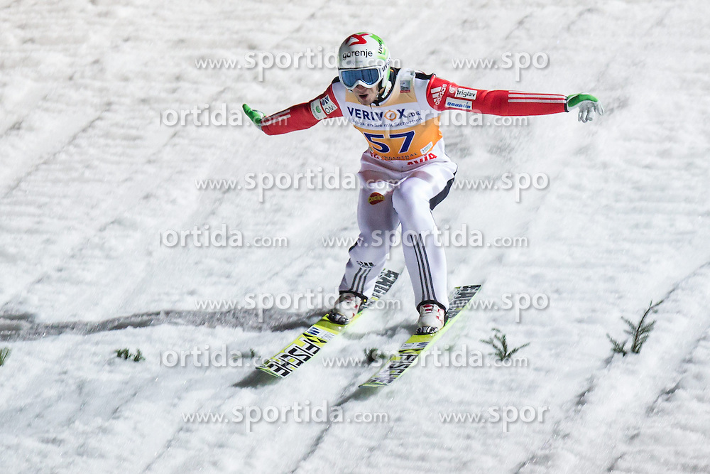 21.11.2014, Vogtland Arena, Klingenthal, GER, FIS Weltcup Ski Sprung, Klingenthal, Herren, HS 140, Qualifikation, im Bild ROBERT KRANJEC // during the mens HS 140 qualification of FIS Ski jumping World Cup at the Vogtland Arena in Klingenthal, Germany on 2014/11/21. EXPA Pictures &copy; 2014, PhotoCredit: EXPA/ Newspix/ Katarzyna Plewczynska<br /> <br /> *****ATTENTION - for AUT, SLO, CRO, SRB, BIH, MAZ, TUR, SUI, SWE only*****