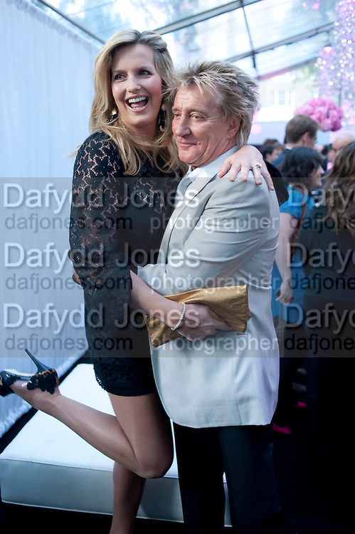 Penny Lancaster; Rod Stewart; , Glamour Women of the Year Awards 2011. Berkeley Sq. London. 9 June 2011.<br /> <br />  , -DO NOT ARCHIVE-© Copyright Photograph by Dafydd Jones. 248 Clapham Rd. London SW9 0PZ. Tel 0207 820 0771. www.dafjones.com.