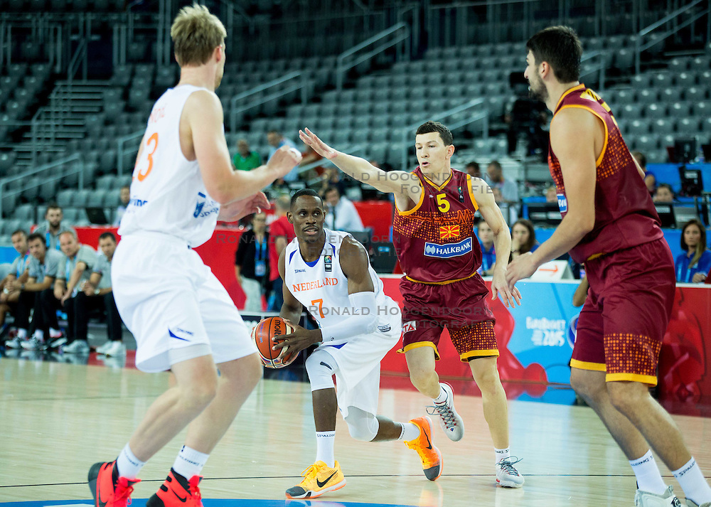 06-09-2015 CRO: FIBA Europe Eurobasket 2015 Nederland - Macedonie, Zagreb<br /> Charlon Kloof of Netherlands vs Vlado Ilievski of Macedonia during basketball match between Netherlands and Macedonia at Day 2 in Group C of FIBA Europe Eurobasket 2015, on September 6, 2015, in Arena Zagreb, Croatia. Photo by Vid Ponikvar / RHF