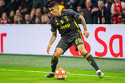 10-04-2019 NED: Champions League AFC Ajax - Juventus,  Amsterdam<br /> Round of 8, 1st leg / Ajax plays the first match 1-1 against Juventus during the UEFA Champions League first leg quarter-final football match / Joao Cancelo #20 of Juventus