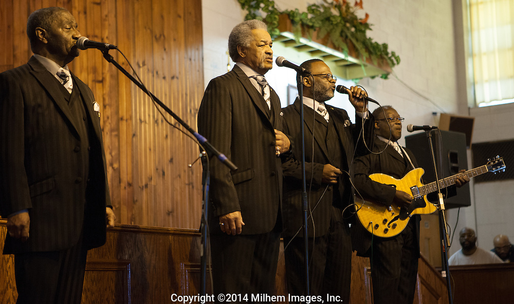 Mighty Clouds of Joy, Greater Mt. Olive Baptist Church Concert, Detroit, Michigan