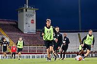 BOEKAREST - 19-08-15, Europa League, Astra GiurGiu - AZ, training, AZ speler Robert Muhren (m), AZ speler Muamer Tankovic (r), AZ speler Jeffrey Gouweleeuw (3vr).