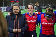 Bilthoven - SCHC - Oranje Rood Dames, Hoofdklasse Hockey Dames, Seizoen 2017-2018, 06-04-2018, SCHC - Oranje Rood 2-1, coach Tina Bachmann (SCHC) en Ginella Zerbo (SCHC)<br /> <br /> (c) Willem Vernes Fotografie