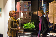 Nederland, Gorinchem, 20151204.<br /> Opening conceptstore Ny B&ouml;rjan van Desiree en Dion Kradolfer.<br /> met schilderijen van Evalore Beukers<br /> Evalore en Desiree<br /> <br /> Netherlands, Gorinchem, 20151204.
