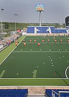 Den Haag - Het Nederlands mannen hockeyteam traint in het nieuwe Greenfields Hockey Stadion voor het WK dat van 31 mei tm 15 juni wordt gehouden. FOTO KOEN SUYK