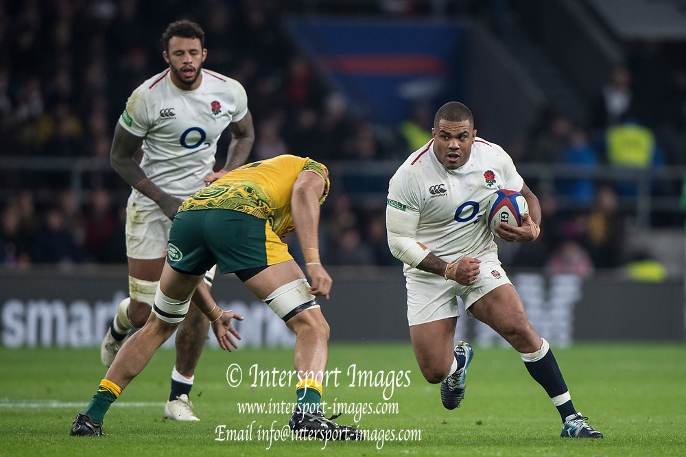 Twickenham, United Kingdom, Saturday, 24th  November 2018, RFU, Rugby, Stadium, England, Australian Secord row forward, Adam Coleman, moves into tackle, ball carrying, Kyle SINCKLER, during the Quilter Autumn International, England vs Australia, © Peter Spurrier