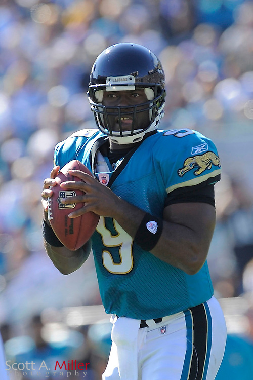 Jacksonville, FL; Nov 23, 2008 ---  Jacksonville Jaguars quarterback David Garrard (9) during the Jaguars game against the Minnesota Vikings at Jacksonville Municipal Stadium. ..©2008 Scott A. Miller