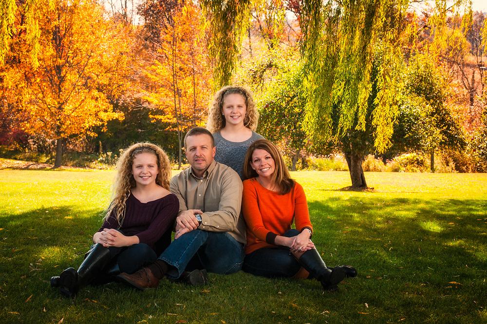 Darren Elias Photography, Child Portraits, Family Portraits, Portraiture Family Portraiture, Family Portraits at Darren Elias Photography