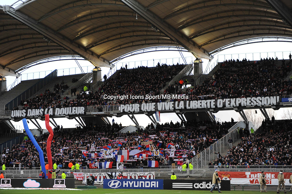 Hommage a Charlie Hebdo - 11.01.2015 - Lyon / Toulouse - 20eme journee de Ligue 1<br /> Photo : Jean Paul Thomas / Icon Sport