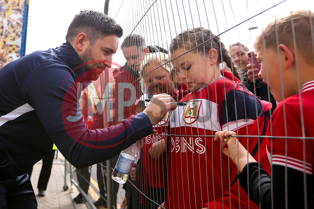 Bristol City head coach Lee Johnson signs autographs for fans - Mandatory by-line: Robbie Stephenson/JMP - 05/05/2019 - FOOTBALL - KCOM Stadium - Hull, England - Hull City v Bristol City - Sky Bet Championship