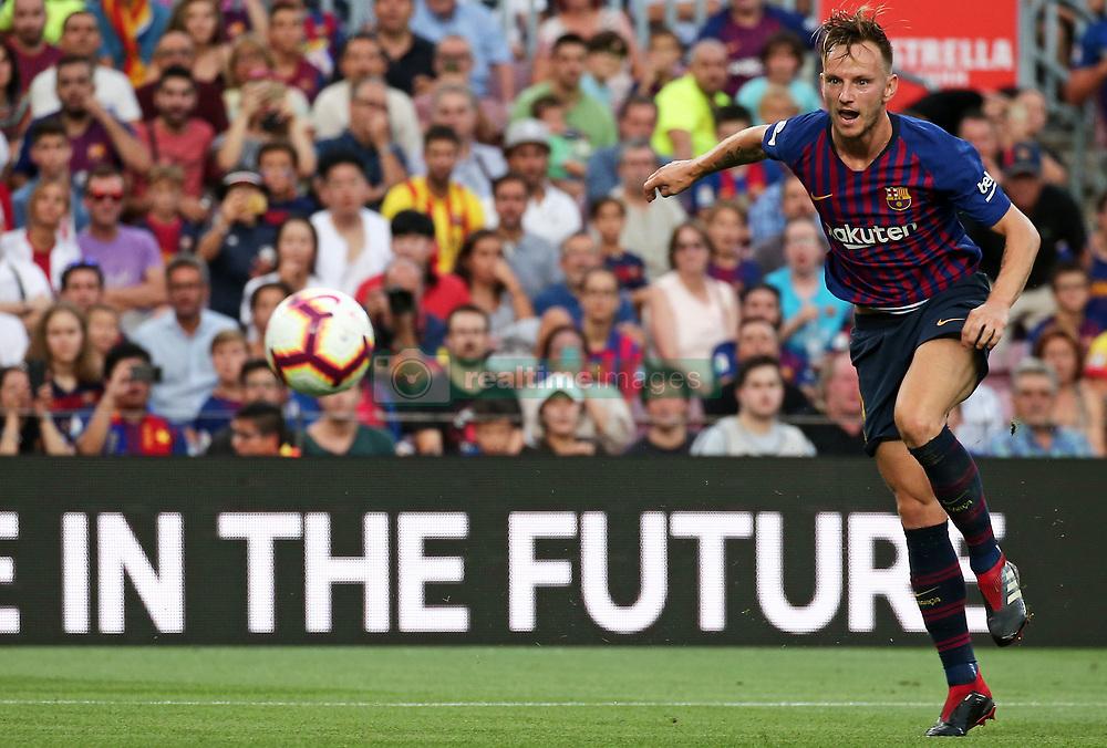 صور مباراة : برشلونة - هويسكا 8-2 ( 02-09-2018 )  20180902-zaa-n230-749