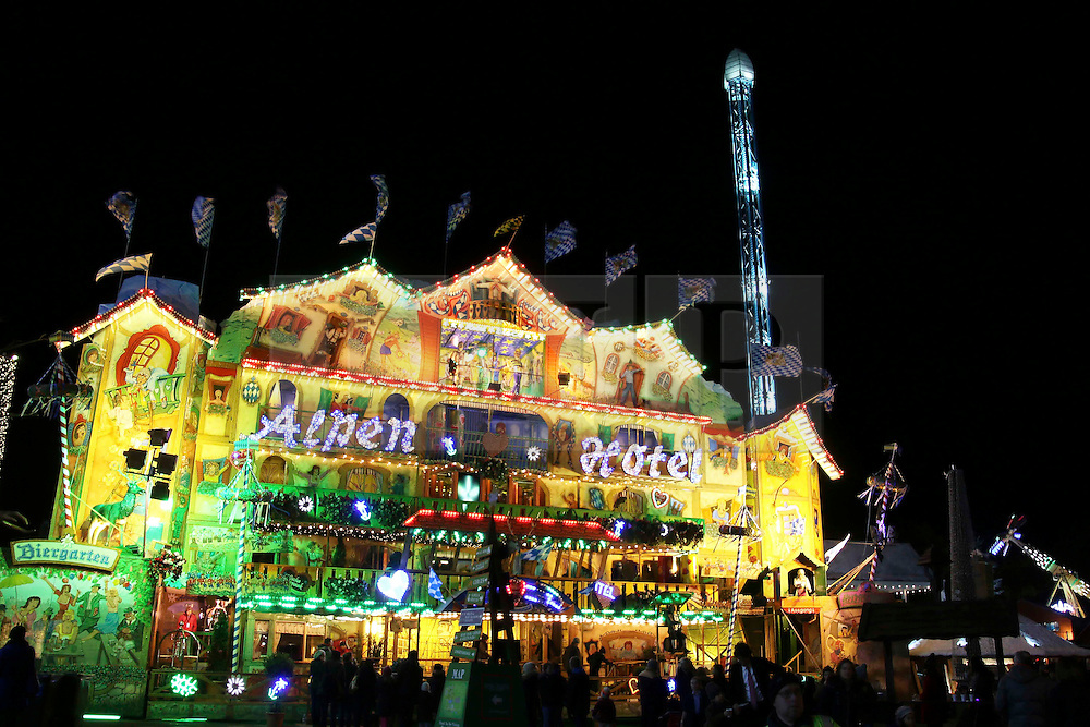© Licensed to London News Pictures. 21/11/2013, UK.  Hyde Park Winter Wonderland VIP Opening, Hyde Park, London UK, 21 November 2013. Photo credit : Richard Goldschmidt/Piqtured/LNP