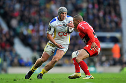Jonathan Davies of Clermont Auvergne in possession - Photo mandatory by-line: Patrick Khachfe/JMP - Mobile: 07966 386802 02/05/2015 - SPORT - RUGBY UNION - London - Twickenham Stadium - ASM Clermont Auvergne v RC Toulon - European Rugby Champions Cup Final