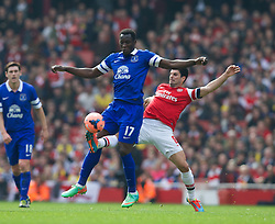 08.03.2014, Emirates Stadium, London, ENG, FA Cup, FC Arsenal vs FC Everton, Viertel Finale, im Bild Everton's Romelu Lukaku, action against Arsenal's captain Mikel Arteta // during the English FA Cup quater final match between Arsenal FC and Everton FC at the Emirates Stadium in London, Great Britain on 2014/03/08. EXPA Pictures © 2014, PhotoCredit: EXPA/ Propagandaphoto/ David Rawcliffe<br /> <br /> *****ATTENTION - OUT of ENG, GBR*****