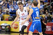 DESCRIZIONE : Berlino Berlin Eurobasket 2015 Group B Serbia Islanda <br /> GIOCATORE :  Nemanja Nedovic<br /> CATEGORIA : Palleggio fallo<br /> SQUADRA : Serbia<br /> EVENTO : Eurobasket 2015 Group B <br /> GARA : Serbia Islanda <br /> DATA : 08/09/2015 <br /> SPORT : Pallacanestro <br /> AUTORE : Agenzia Ciamillo-Castoria/I.Mancini <br /> Galleria : Eurobasket 2015 <br /> Fotonotizia : Berlino Berlin Eurobasket 2015 Group B Serbia Islanda