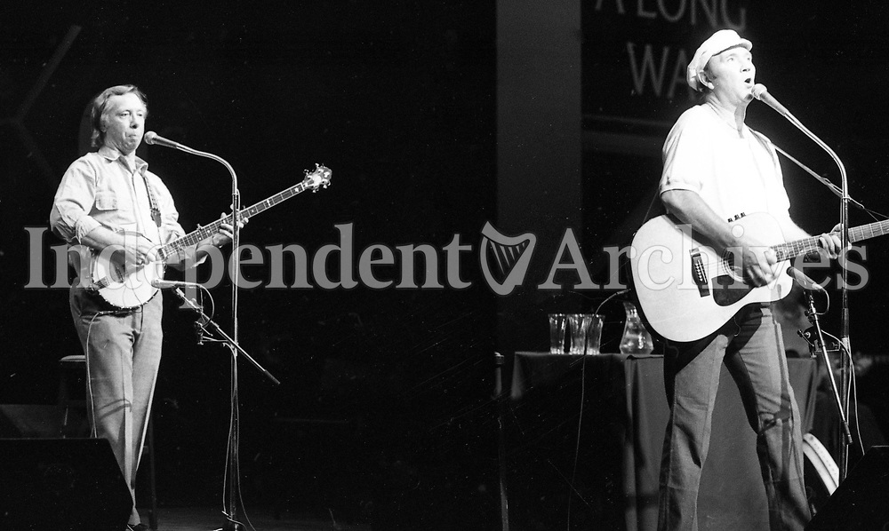 Tommy Makem and Liam Clancy in Concert at the Olympia Theatre, Dublin 19/10/1987 (Part of the Independent Newspapers Ireland/NLI Collection).