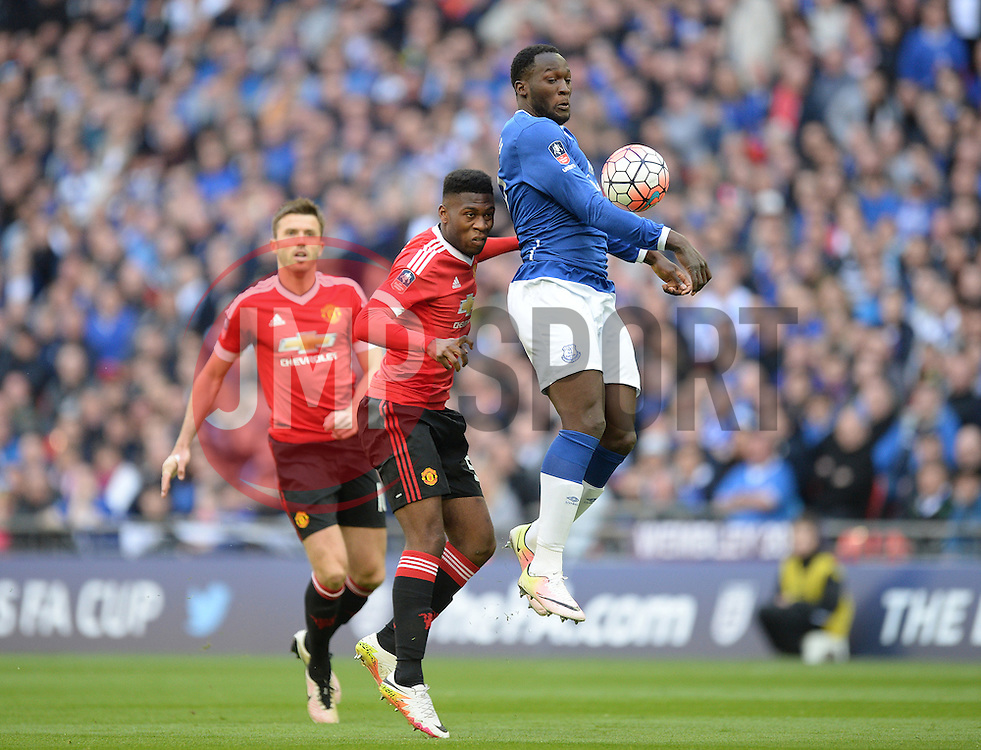 Romelu Lukaku of Everton controls the ball. - Mandatory by-line: Alex James/JMP - 23/04/2016 - FOOTBALL - Wembley Stadium - London, England - Everton v Manchester United - The Emirates FA Cup Semi-Final