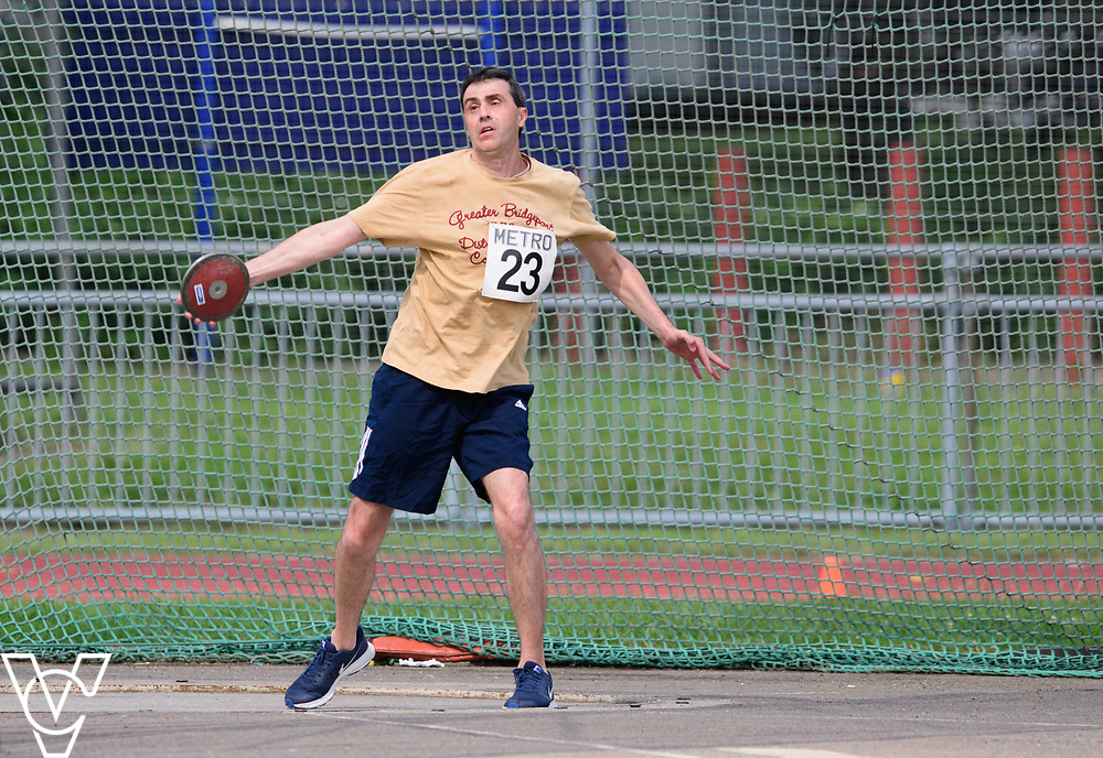 Metro Blind Sport's 2017 Athletics Open held at Mile End Stadium.  Discus.  Tim Morrice<br /> <br /> Picture: Chris Vaughan Photography for Metro Blind Sport<br /> Date: June 17, 2017