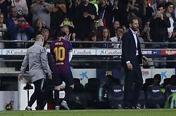 October 20, 2018 - Barcelona, Catalonia, Spain - October 20, 2018 - Camp Nou, Barcelona, Spain - LaLiga Santander- FC Barcelona v Sevilla CF; Lionel Messi of FC Barcelona leaves the pitch after his injury. (Credit Image: © Marc Dominguez/ZUMA Wire)
