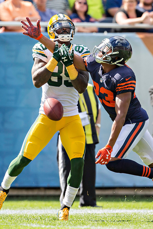 CHICAGO, IL - SEPTEMBER 13:  James Jones #89 of the Green Bay Packers has his pass broken up by Kyle Fuller #23 of the Chicago Bears at Soldier Field on September 13, 2015 in Chicago, Illinois.  The Packers defeated the Bears 31-23.  (Photo by Wesley Hitt/Getty Images) *** Local Caption *** James Jones; Kyle Fuller
