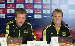 UTRECHT, THE NETHERLANDS - Wednesday, September 29, 2010: Liverpool's manager Roy Hodgson and Dirk Kuyt during a press conference at the Stadion Galgenwaard ahead of the UEFA Europa League Group K match against FC Utrecht. (Photo by David Rawcliffe/Propaganda)