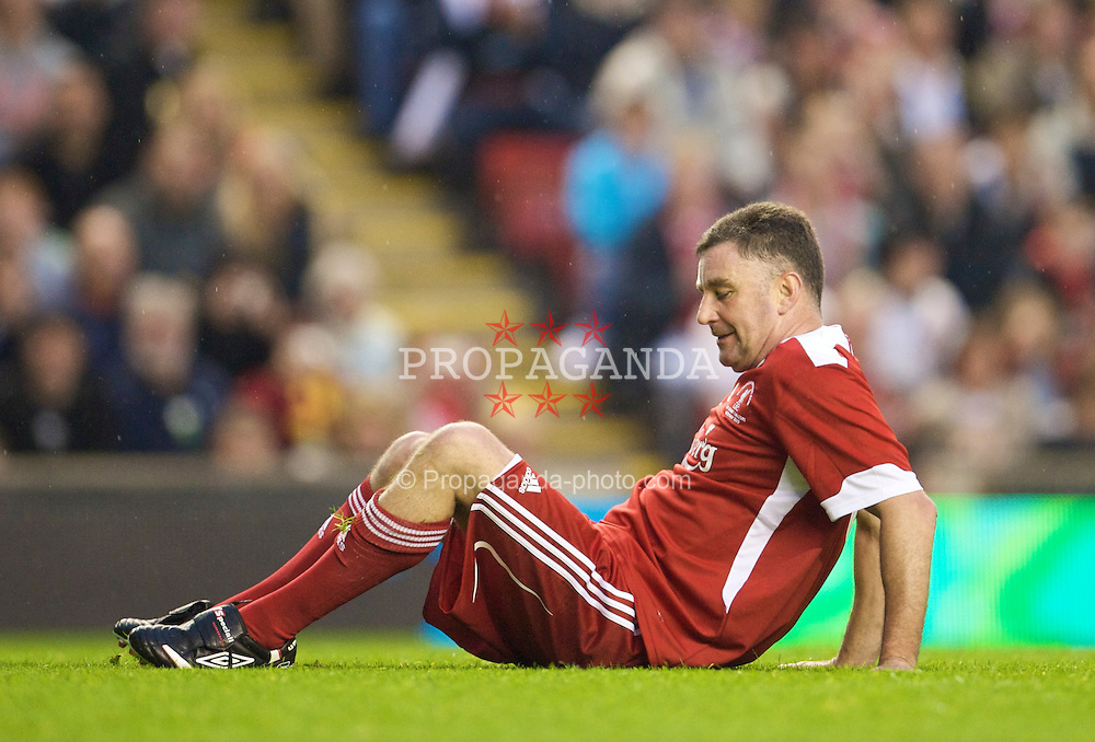 LIVERPOOL, ENGLAND - Thursday, May 14, 2009: Liverpool Legends' John Aldridge during the Hillsborough Memorial Charity Game at Anfield. (Photo by David Rawcliffe/Propaganda)