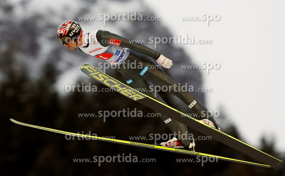 29.12.2013, Schattenbergschanze, Oberstdorf, GER, FIS Ski Sprung Weltcup, 62. Vierschanzentournee, Training, im Bild Anders Bardal // Anders Bardal during practice Jump of 62 th Four Hills Tournament of FIS Ski Jumping World Cup at the Schattenbergschanze in Oberstdorf, Germany on 2013/12/29. EXPA Pictures &copy; 2013, PhotoCredit: EXPA/ Newspix/ Dawid Markysz<br /> <br /> *****ATTENTION - for AUT, SLO, CRO, SRB, BIH, MAZ, TUR, SUI, SWE only*****