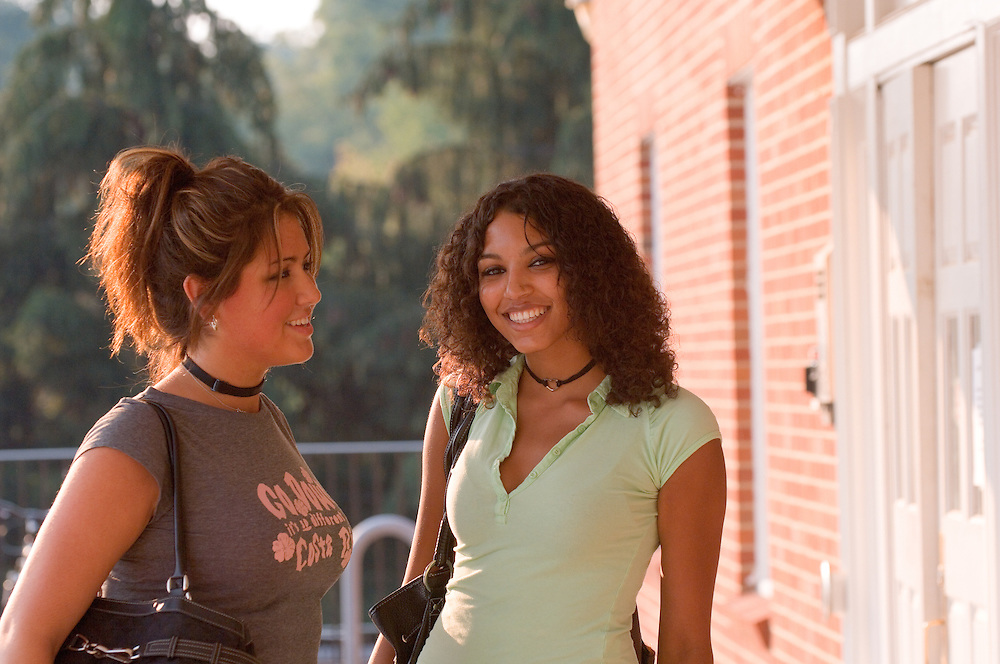 Vanessa Hasey, Melanie Barnes(green shirt)