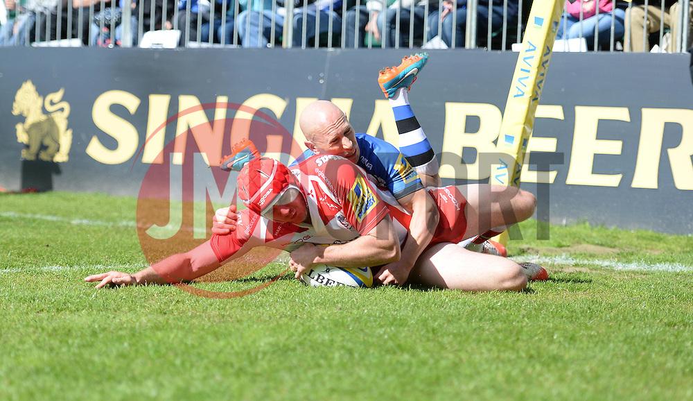 Gloucester Winger Steve McColl scores a try. - Photo mandatory by-line: Alex James/JMP - Mobile: 07966 386802 - 16/05/2015 - SPORT - Football - Bath - The Recreation Ground - Bath v Gloucester - Aviva Premiership