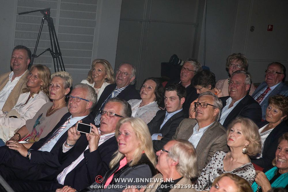 NLD/Laren/20140512 - Anita Meijer ontvangt de Radio 5 Nostalgia Ouevreprijs ,