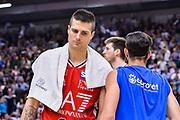 DESCRIZIONE : Beko Legabasket Serie A 2015- 2016 Dinamo Banco di Sardegna Sassari - Olimpia EA7 Emporio Armani Milano<br /> GIOCATORE : Andrea Cinciarini<br /> CATEGORIA : Ritratto Delusione Postgame<br /> SQUADRA : Olimpia EA7 Emporio Armani Milano<br /> EVENTO : Beko Legabasket Serie A 2015-2016<br /> GARA : Dinamo Banco di Sardegna Sassari - Olimpia EA7 Emporio Armani Milano<br /> DATA : 04/05/2016<br /> SPORT : Pallacanestro <br /> AUTORE : Agenzia Ciamillo-Castoria/L.Canu