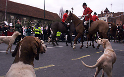 .TTP11-AP-BOXING DAY HUNT-DIG..PIC BY ANDREW PARSONS . BOXING DAY HUNT IN MALDON , ESSEX. THE ESSEX FARMERS HUNT STARTS IN MALDON HIGH ST Boxing Day Hunt in Maldon, Essex. .The Essex farmers hunt starts in Maldon High St. 2000 .Photo by Andrew Parsons/i-Images....