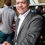 NLD/Amsterdam/20130411 - Presentatie biografie Barry Stevens, Frank Sanders