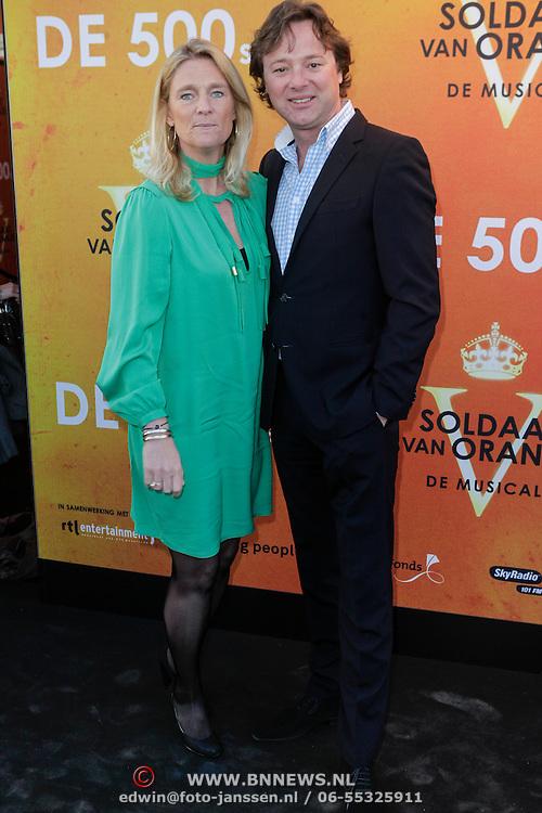 NLD/Katwijk/20120325 - 500ste Voorstelling musical Soldaat van Oranje, Frits Sissing en partner