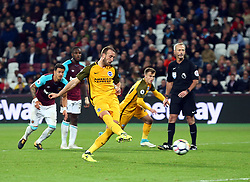October 20, 2017 - London, England, United Kingdom - Brighton & Hove Albion's Glenn Murrey scores from the penalty spot.during Premier League match between West Ham United against Brighton and Hove Albion at The London Stadium, Queen Elizabeth II Olympic Park, London, Britain - 20 Oct  2017  (Credit Image: © Kieran Galvin/NurPhoto via ZUMA Press)